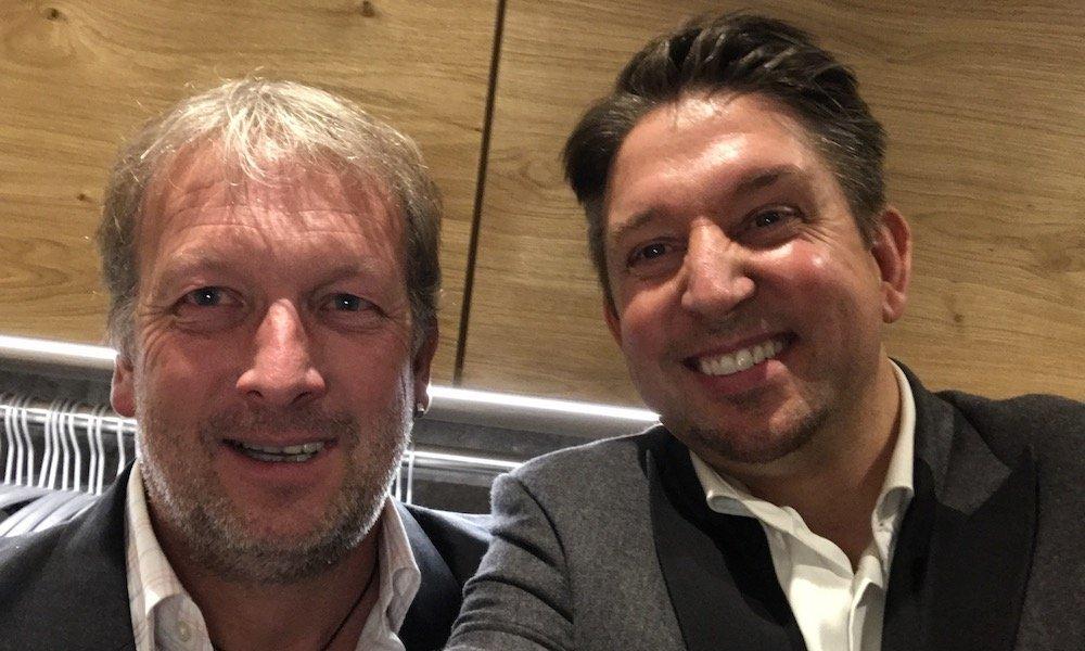 Zauberkünstler TOMBECK und Andreas Brehme hatten Spaß