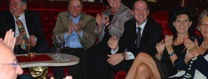 Die geheime Gesellschaft in München mit einer Zaubershow von TOMBECK