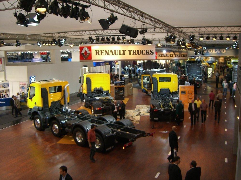 Messezauberei und Produktpräsentationen mit dem Zauberkünstler TOMBECK für Renault Trucks