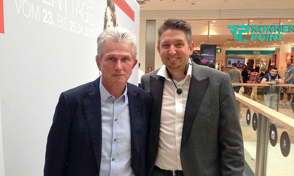 Ein Gemeinsamer Auftritt von Jupp Heinkes und Zauberkünstler TOMBECK in den Riem Arcaden München