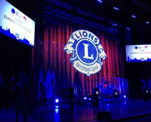 Zaubershow des Magiers TOMBECK beim Europaforum des Lion Club International
