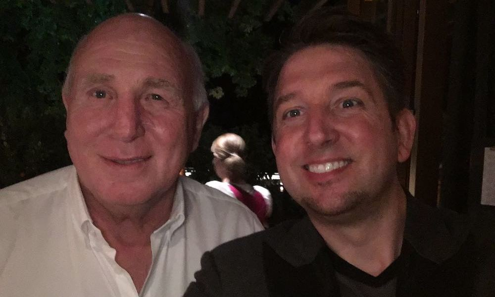 Zauberkünstler TOMBECK zusammen mit Dieter Hoeness beim FC Bayern München