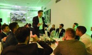 Magische Zaubershow beim VFL Wolfsburg mit Zauberkünstler TOMBECK