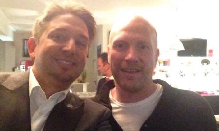 Matthias Sammer vom FC Bayern München und Zauberer TOMBECK