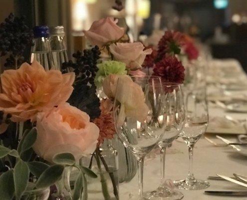Tischzauberer TOMBECK verblüfft die Gäste des Abends